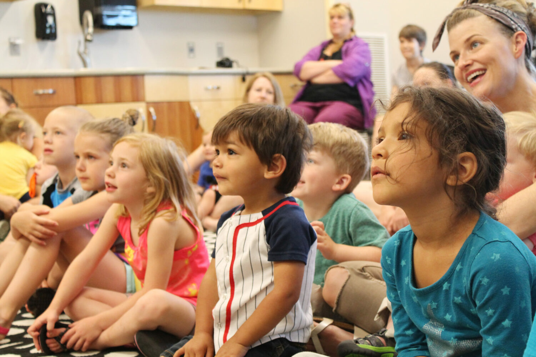 Children-listening-play-experience-explore-program-Childrens-Museum-of-Southern-Minnesota